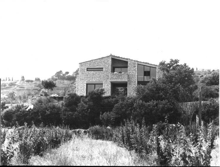 Le domicile de l 39 architecte gordes 1978 architecte pour for Architecte italien contemporain