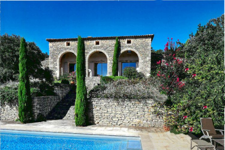 Maison de style italien gordes architecte pour maisons for At home architecture 84220 gordes