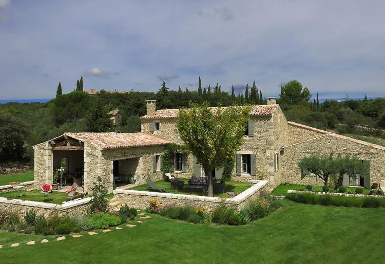 villa contemporaine saint tropez