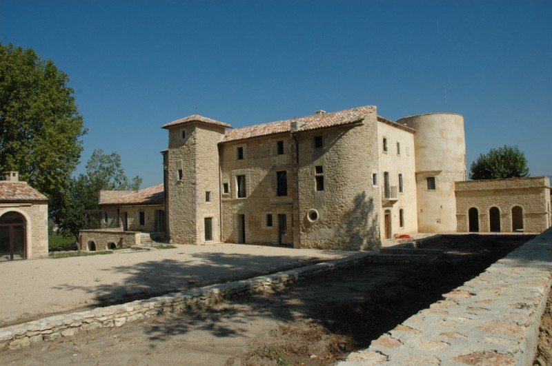 Restauration ferme ancienne dans le luberon architecte for Architecte luberon