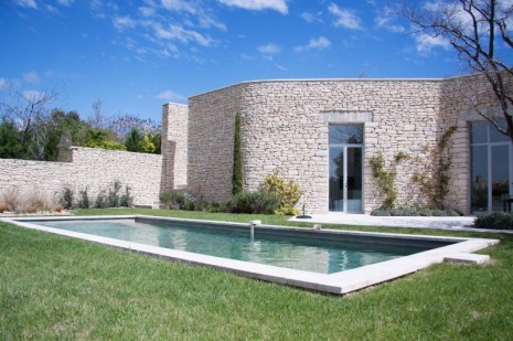 Maison contemporaine projet hugues galante architecte 2011 architecte pour maisons gordes for Modele de maison contemporaine architecte